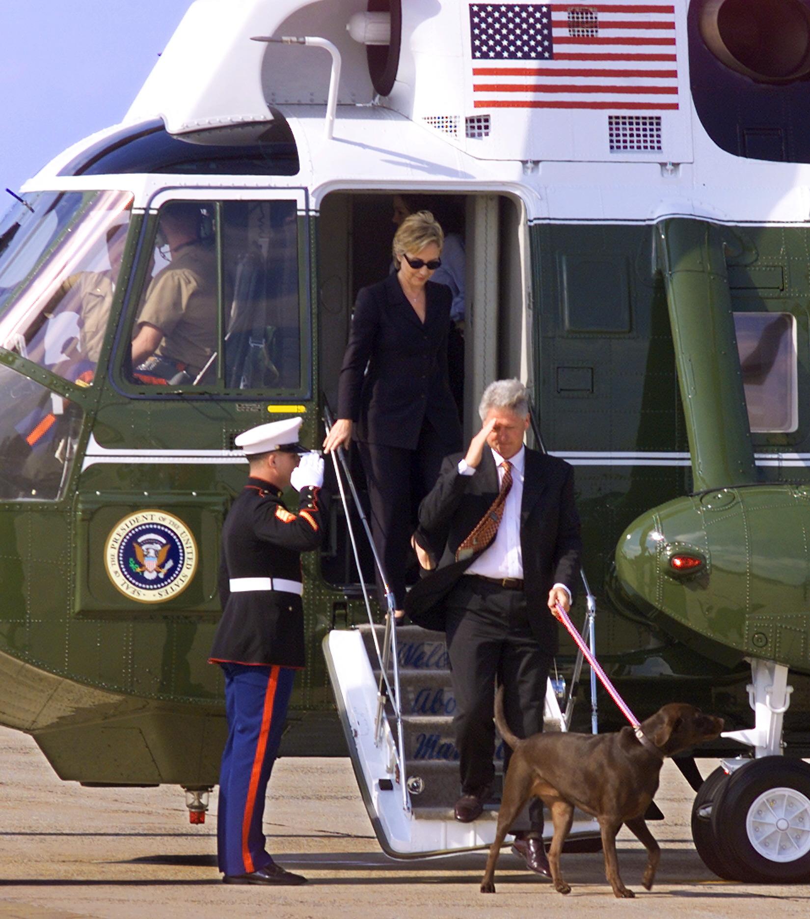 تطير مارين ون في مجموعة من خمس طائرات لحماية الرئيس