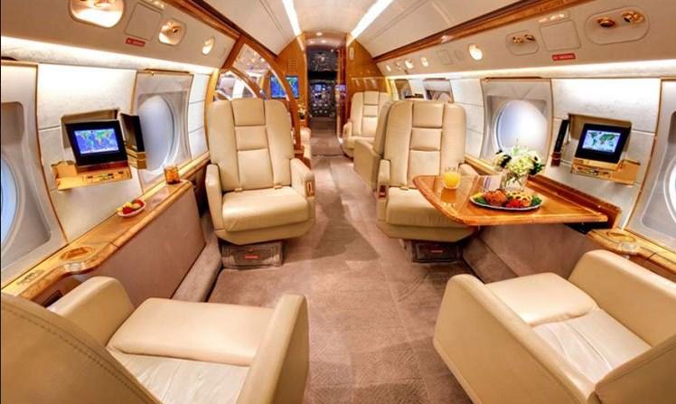 طائرة ميسي الخاصة