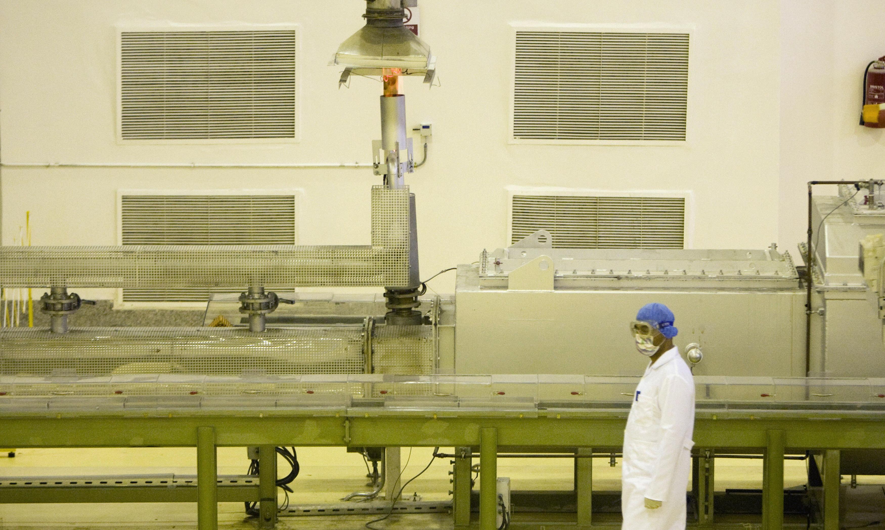 استمرار إيران في تخصيب اليورانيوم يعيق جهود بايدن للعودة إلى الاتفاق النووي