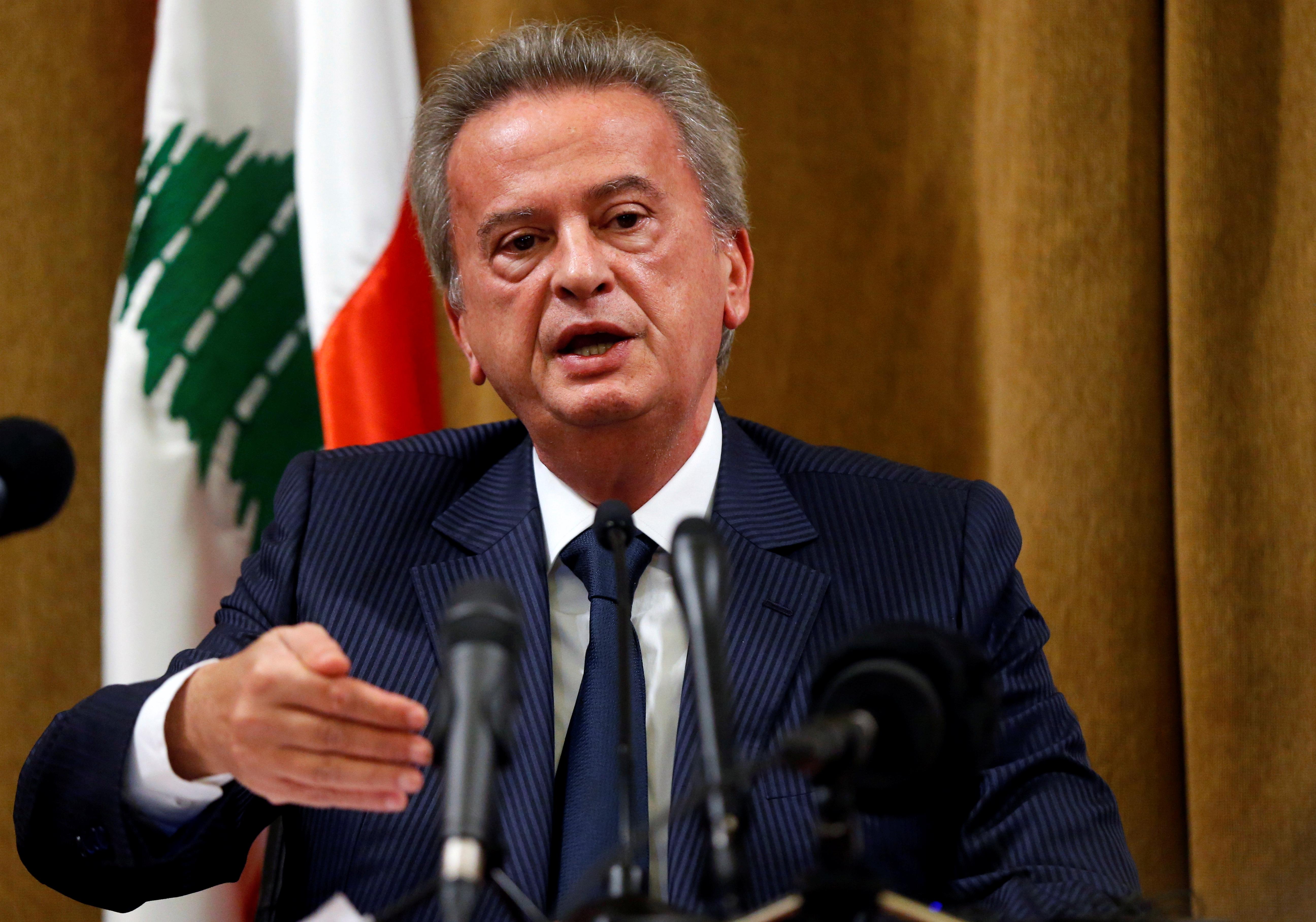 بعض الأثرياء اللبنانيين تمكنوا من سحب مبالغ كبيرة وإرسالها إلى الخارج