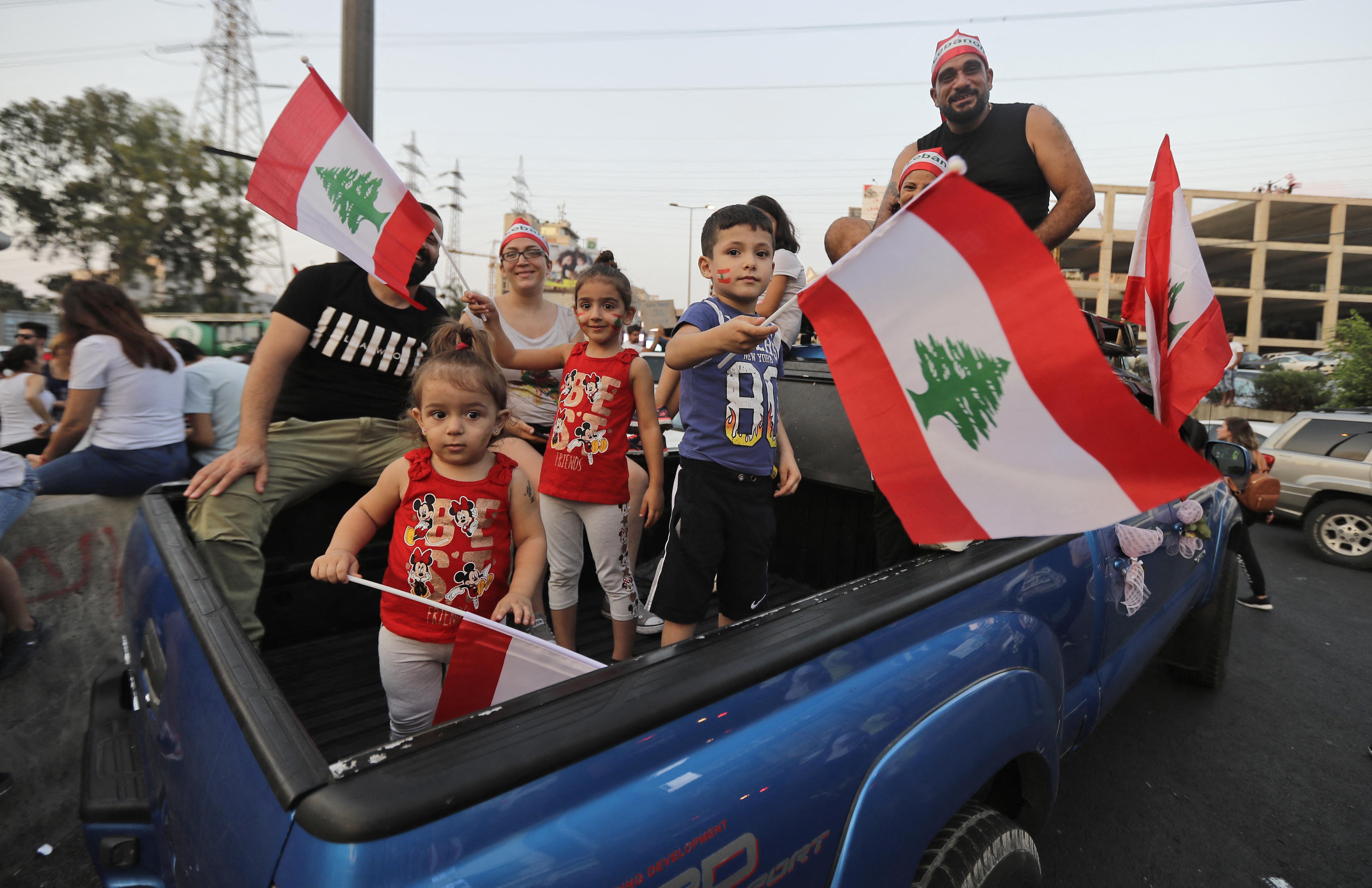 شارك العديد من الأطفال في تظاهرات لبنان الأخيرة