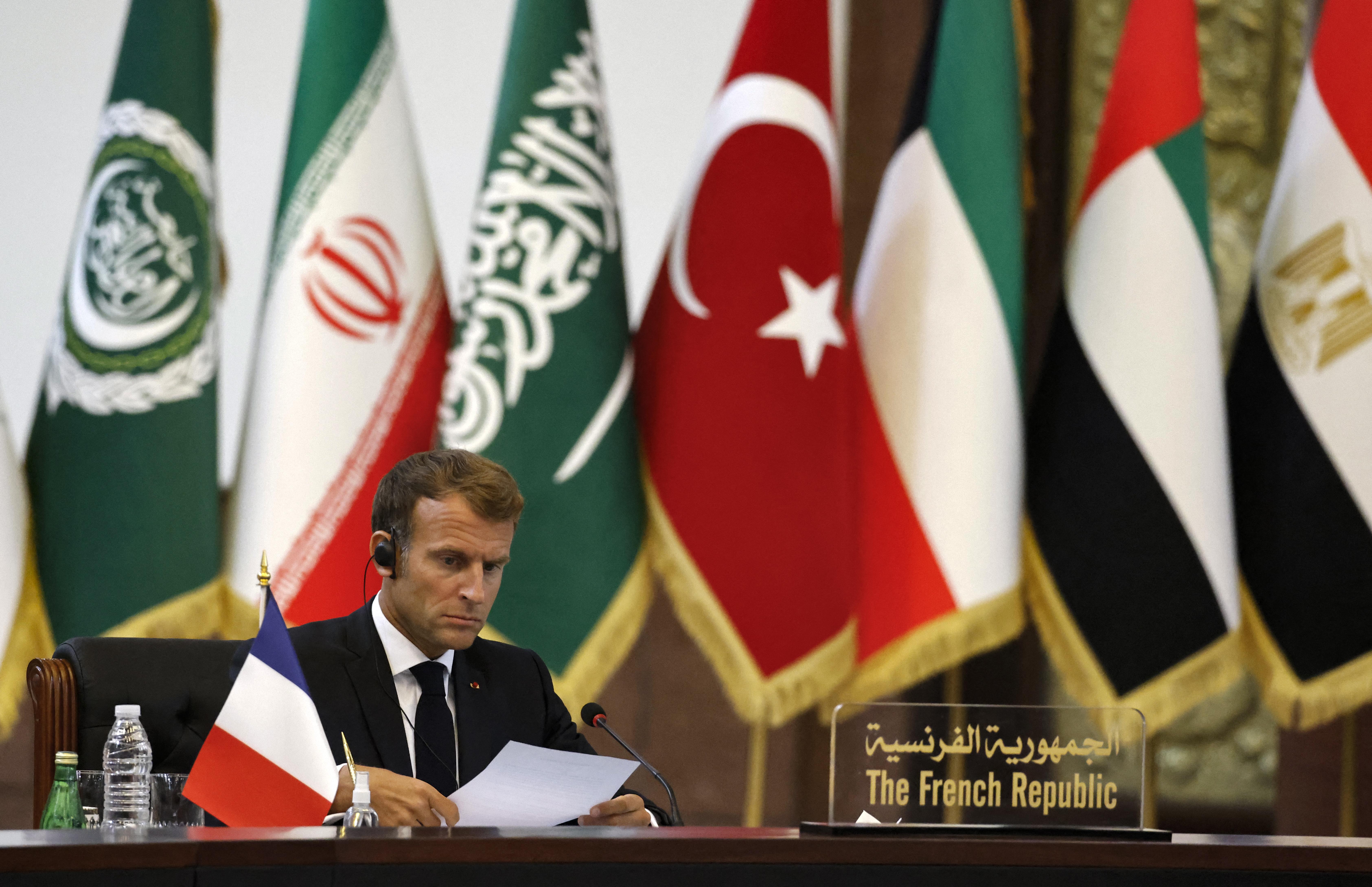 يقول المحللون إن الرئيس الفرنسي لعب دورا مهما في إنجاح القمة