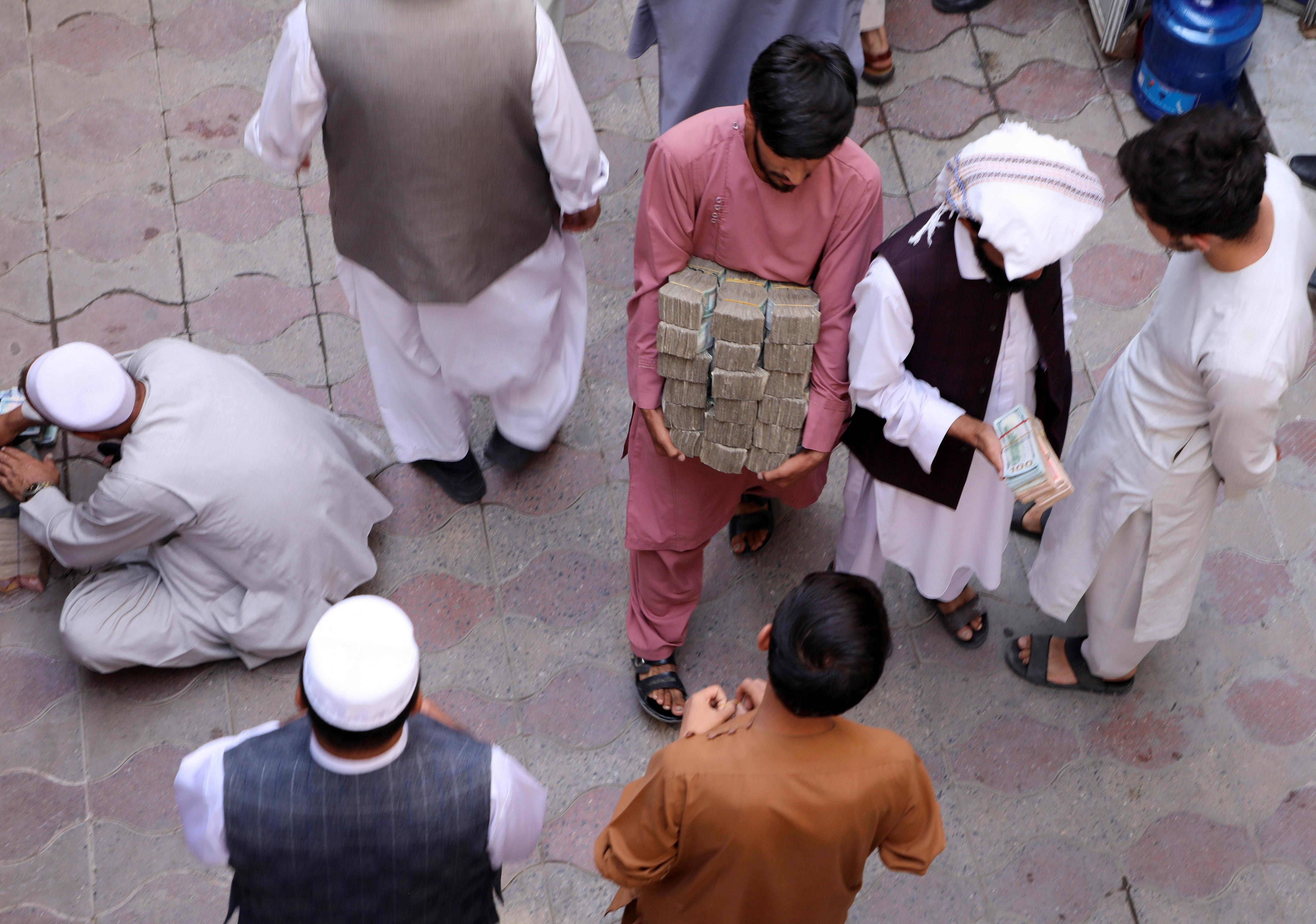 إعادة الإعمار ستسيطر على اقتصاد أفغانستان