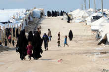 يؤوي المخيم الخاضع لسيطرة قوات كردية سورية نحو 62 ألفا من دول مختلفة