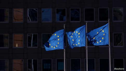 يفترض أن تفتح الحدود الأوروبية الداخلية اعتباراً من منتصف يونيو
