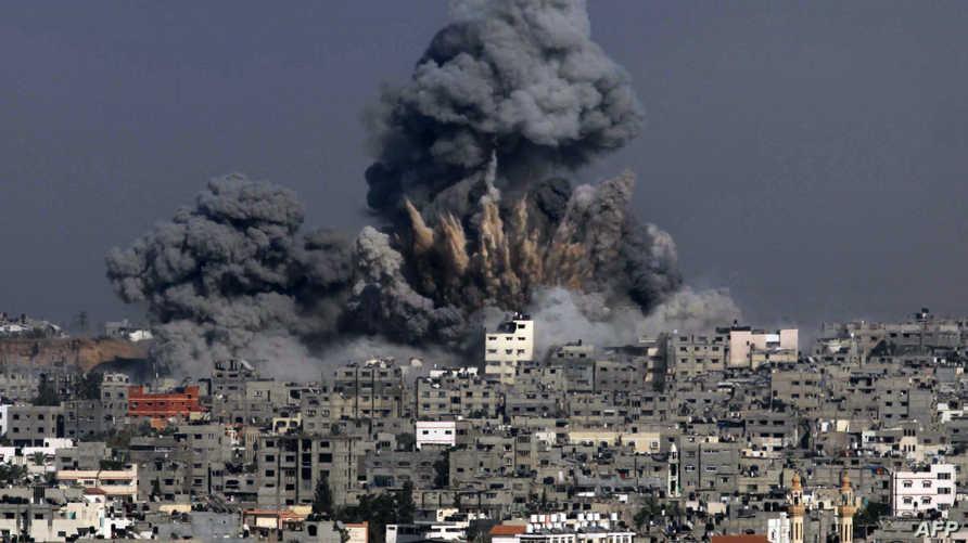 انفجار ضخم في غزة بسبب قصف إسرائيلي - أرشيف