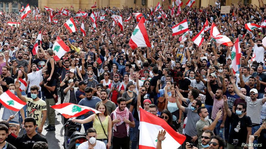 متظاهرو لبنان هتفوا ضد الطبقة السياسية الحاكمة