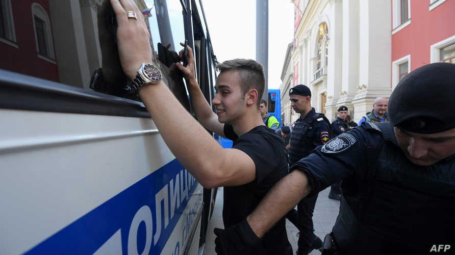 موسكو.. اعتقالات في صفوف شباب المعارضة