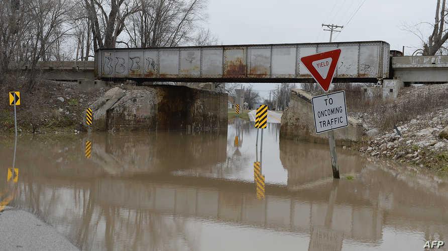 إحدى الطرق التي تم إغلاقها في ميزوري بسبب الفيضانات