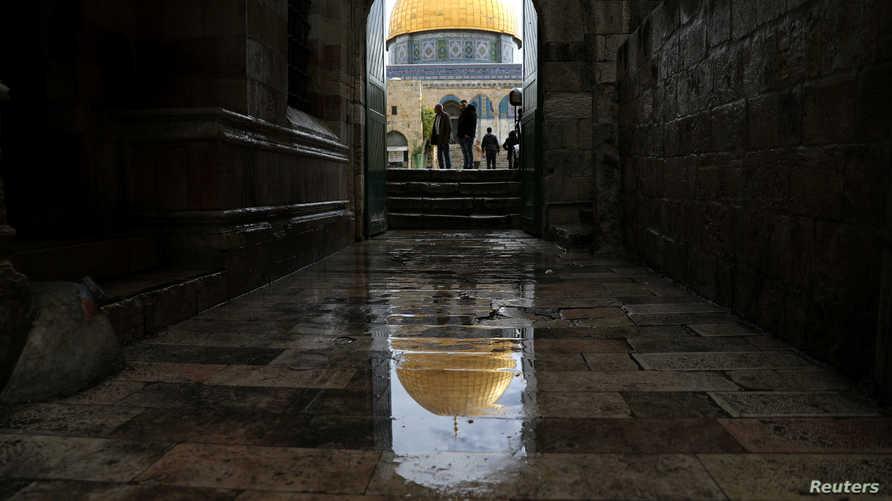 القدس لم تحصل على مسجد حتى العام 637، أي بعد وفاة الرسول بخمس سنوات