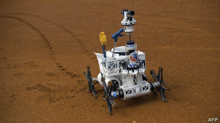 دول أخرى جربت الروبوتات في الفضاء