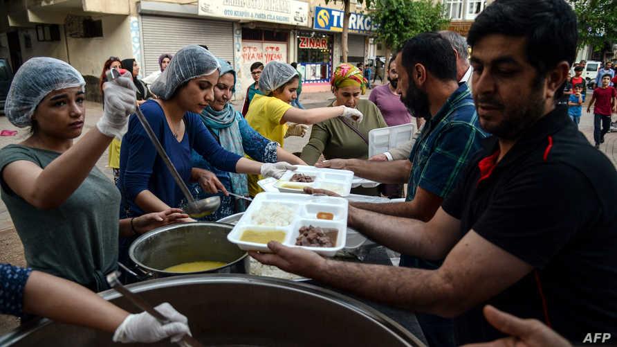 إفطار جماعي في تركيا
