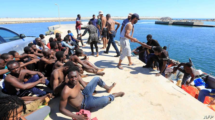 مهاجرون أفارقة كانوا يحاولون الوصول إلى أوروبا عبر السواحل الليبية