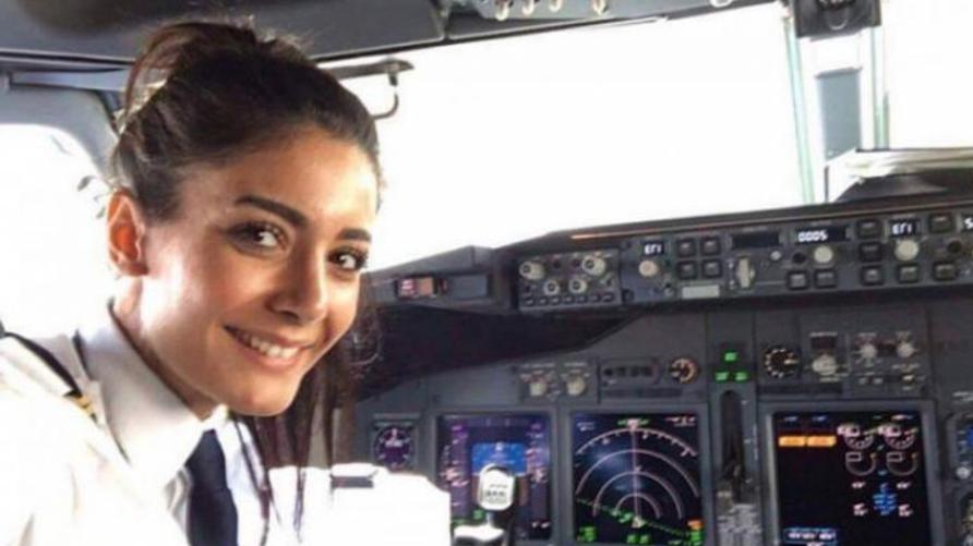 ورتي بابكر علي أول امرأة عراقية تقود طائرة بوينغ