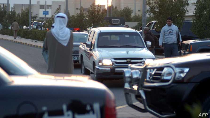 دورية للشرطة الكويتية في العاصمة_أرشيف