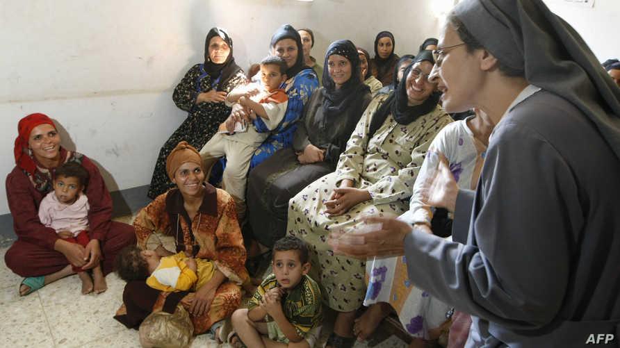 محاضرة في إحدى القرى المصرية للسيدات عن مخاطر الختان- أرشيف
