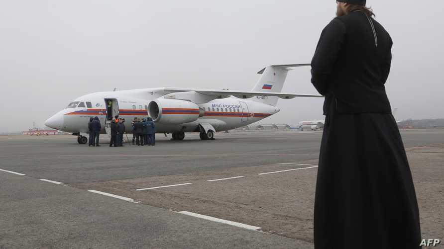 لحظة وصول بعض جثامين ضحايا الطائرة الروسية