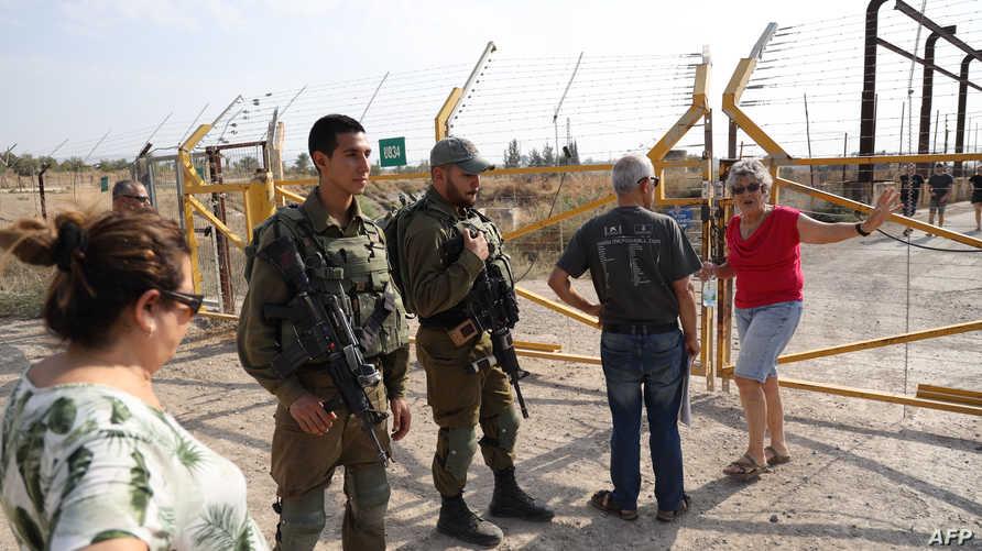 جنود إسرائيليون أمام معبر مؤدي إلى منطقة الباقورة في 8 نوفمبر 2019