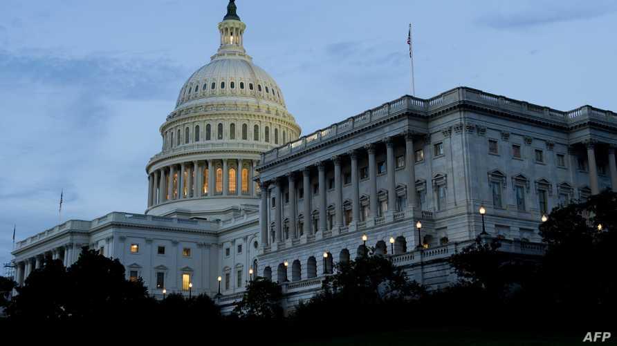 الأنظار الأميركية متجهة إلى الكونغرس لتفادي إغلاق الدولة