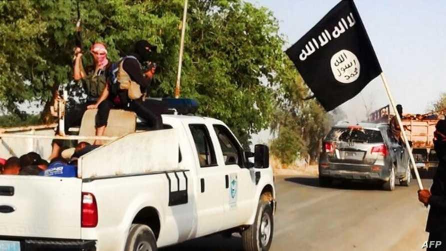"""صورة رفعت على موقع """"ولاية صلاح الدين"""" تظهر مسلحي داعش ينقلون أسرى من الجيش العراقي"""