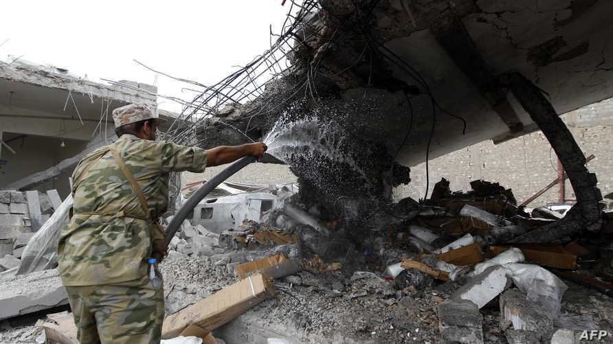 مخلفات القصف الجوي على صنعاء
