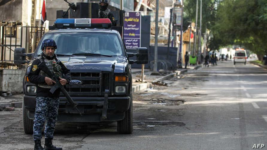 عنصر من الشرطة العراقية، أرشيف