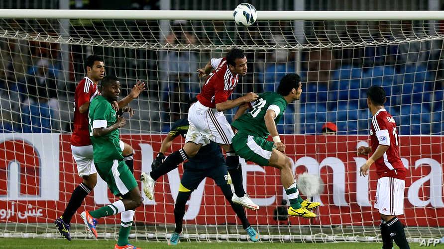 جانب من مباراة السعودية واليمن في خليجي 21
