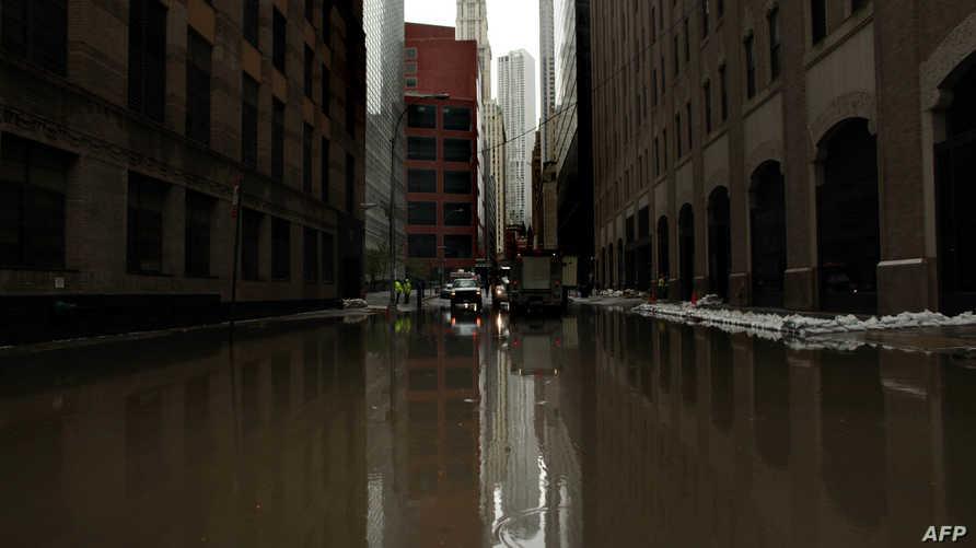 مياه الفيضانات في مانهاتن بنيويورك