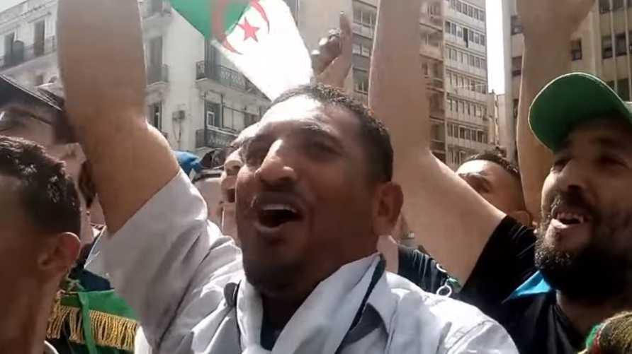 الناشط الجزائري كريم طابو