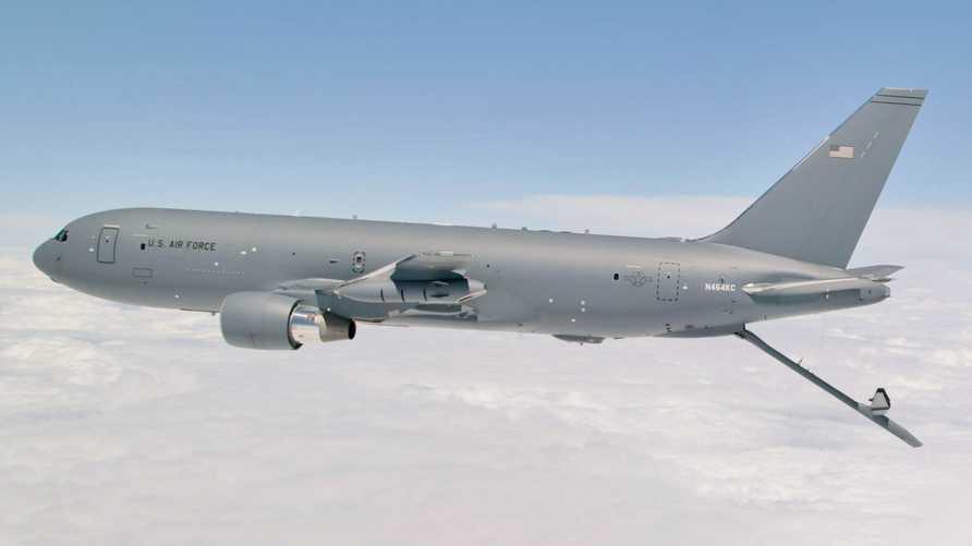 طائرة بوينغ كي سي 46