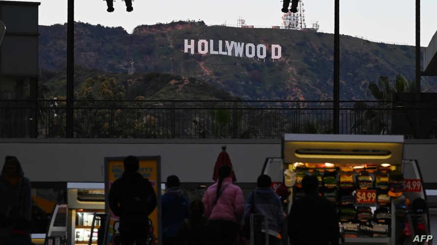 لافتة هوليوود