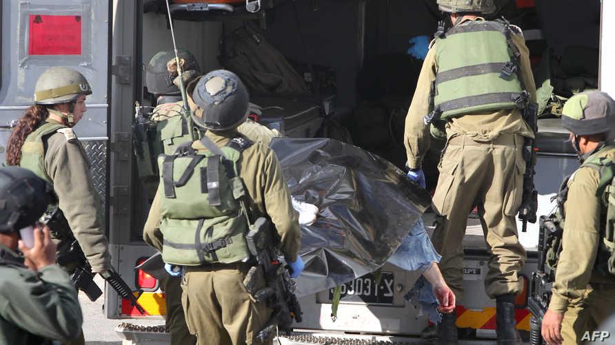 نقل جثة الشاب الفلسطيني