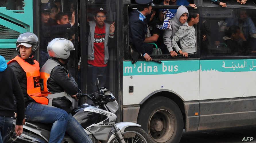 حافلة في الدار البيضاء - أرشيف