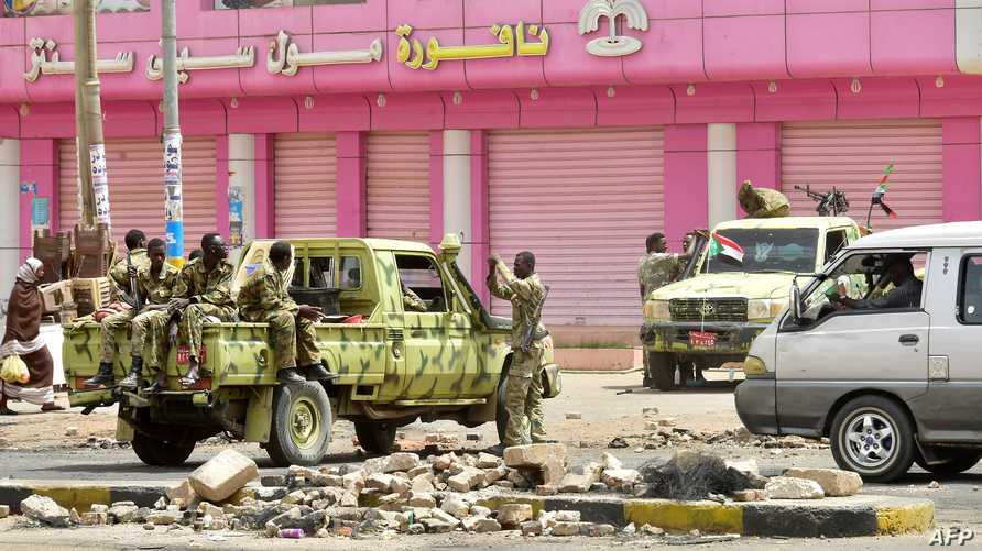 قوات الأمن في العاصمة الخرطوم حيث خيمت أجواء العصيان المدني