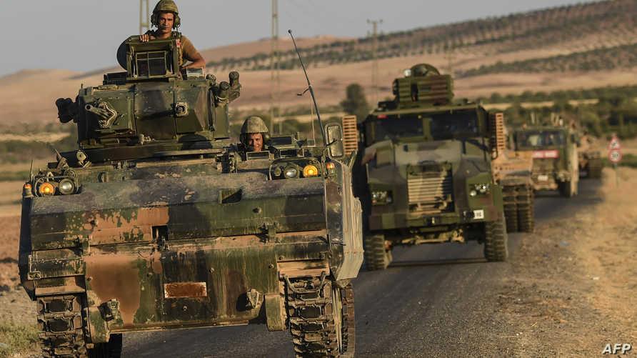 قوات تركية على الحدود مع سورية