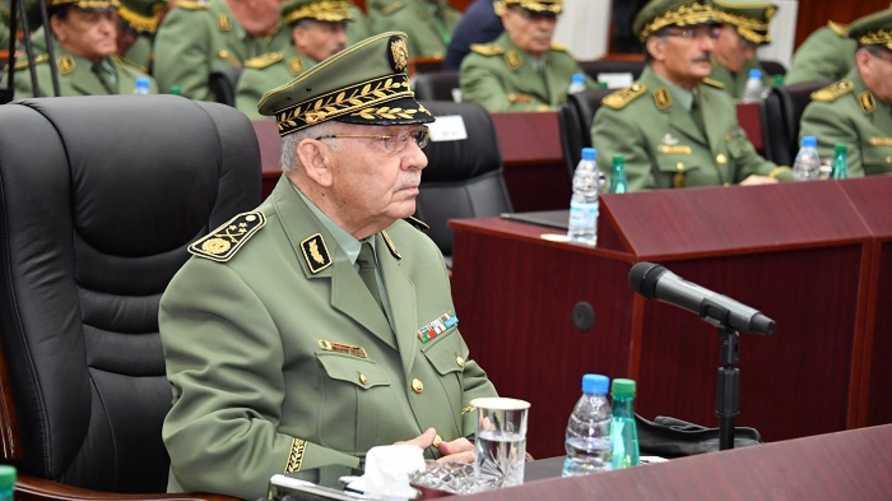 القايد صالح قائد أركان الجيش الجزائري