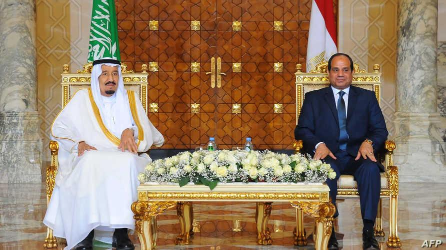العاهل السعودي الملك سلمان بن عبد العزيز في ضيافة الرئيس المصري عبد الفتاح السيسي.