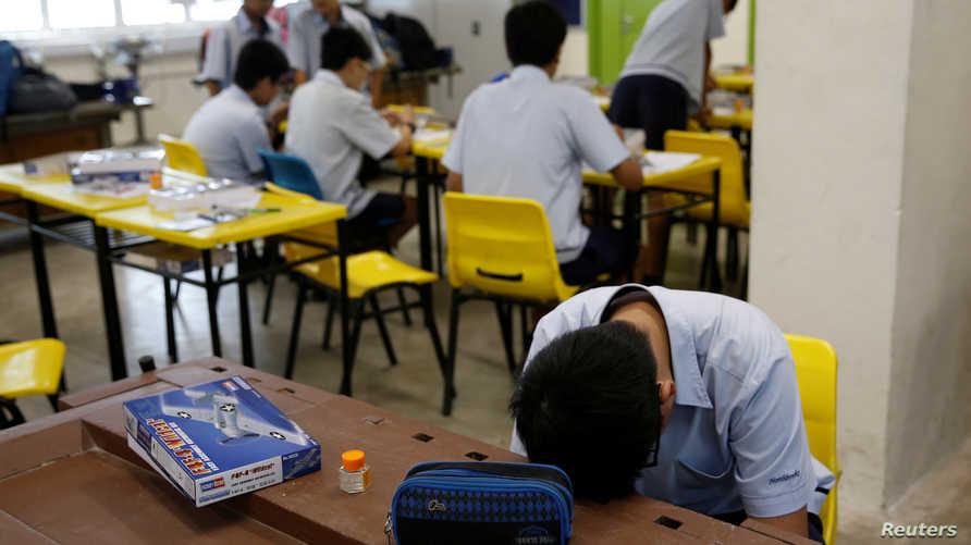 الضغط الدراسي سمة في المدارس في سنغافورة