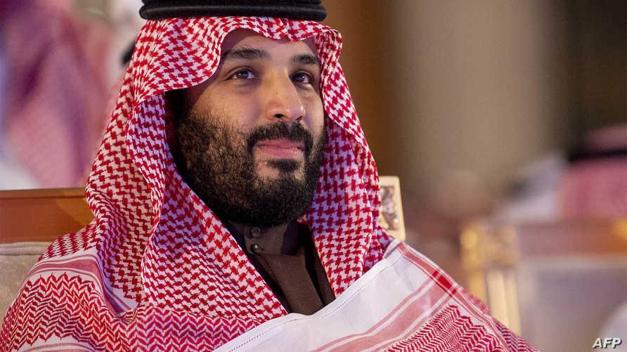 يصف البعض الأمير محمد بن سلمان كأول شخص يواجه الأمور بشكل مباشر في المجتمع السعودي