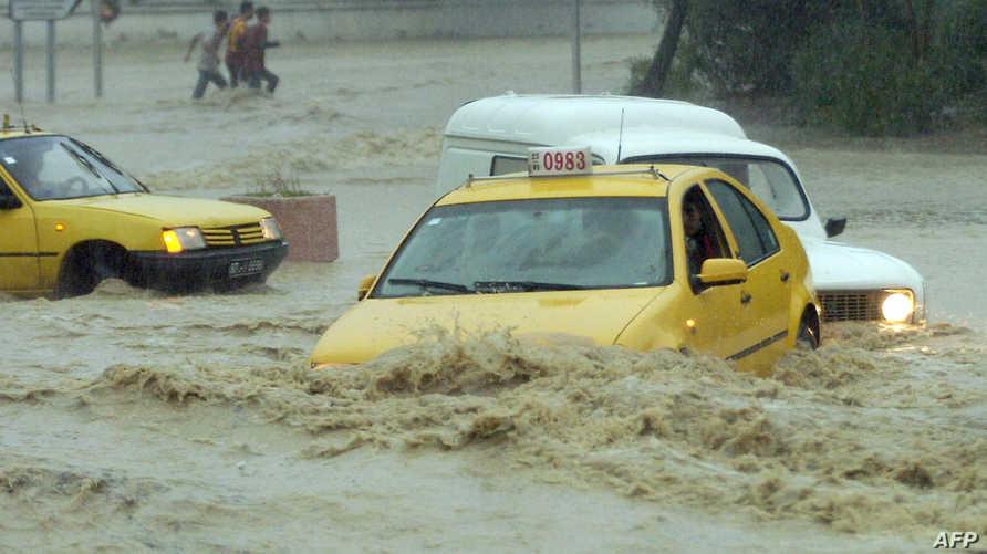 صورة أرشيفية لأمطار في تونس عام 2007