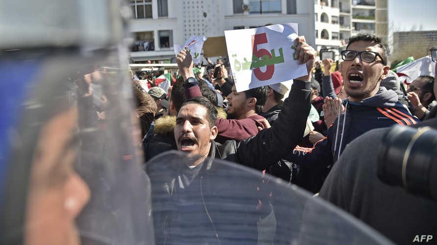 مظاهرات ضد 'عهدة خامسة' لبوتفليقة في الجزائر