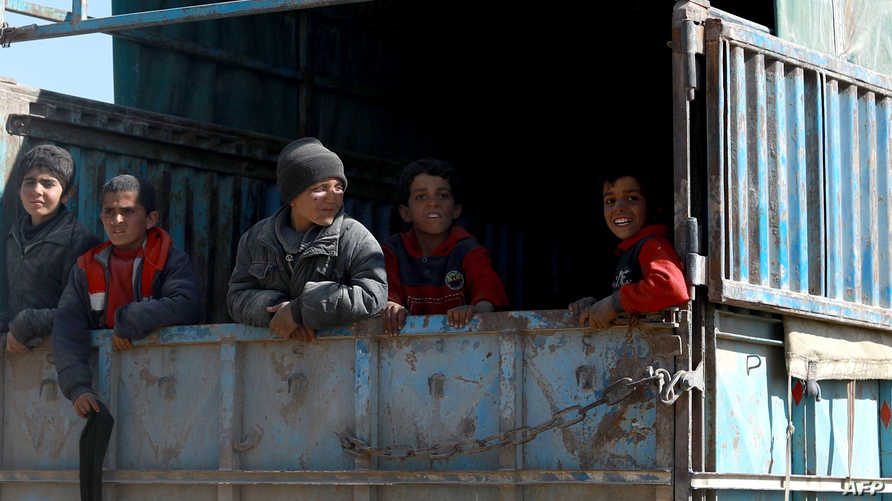 أطفال نازحون من باغوز