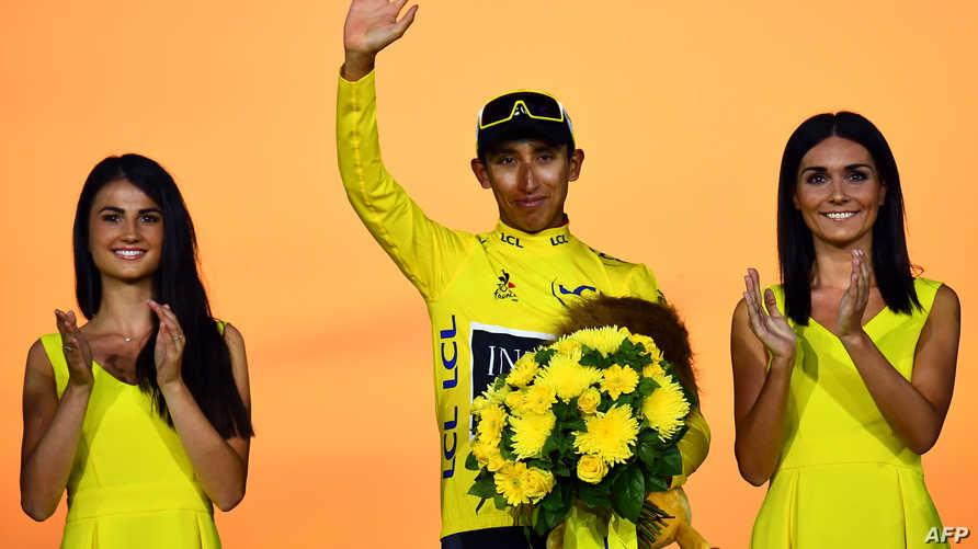 الدراج الكولومبي إيغان برنال يحرز لقب بطل طواف فرنسا