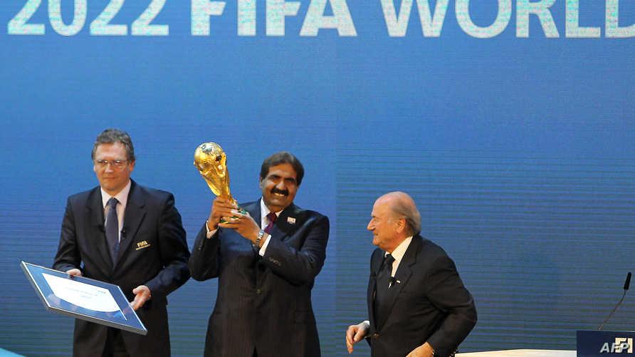 التصويت لصالح قطر لاحتضان كأس العالم 2022-أرشيف