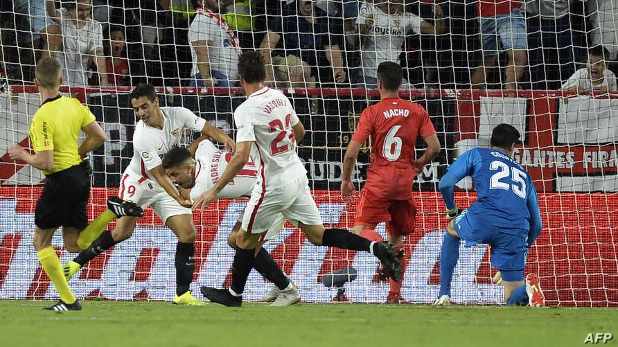 أندريه سيلفا يحتفل بتسجيل هدف ضد ريال مدريد