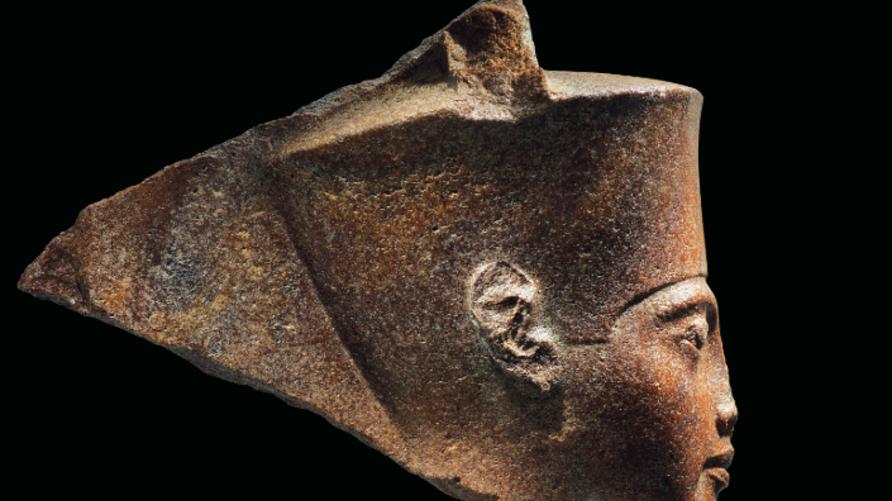 رأس الملك توت عنخ آمون المعروضة للبيع