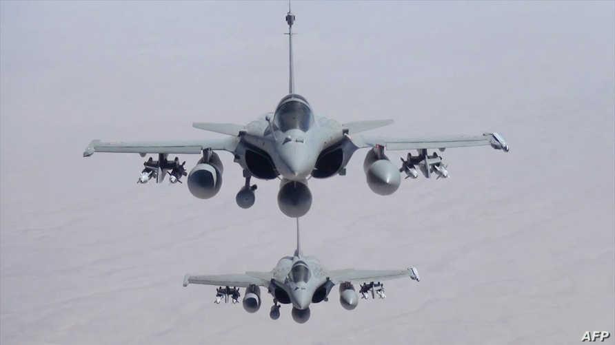 طائرات فرنسية تشن غارات على داعش في العراق