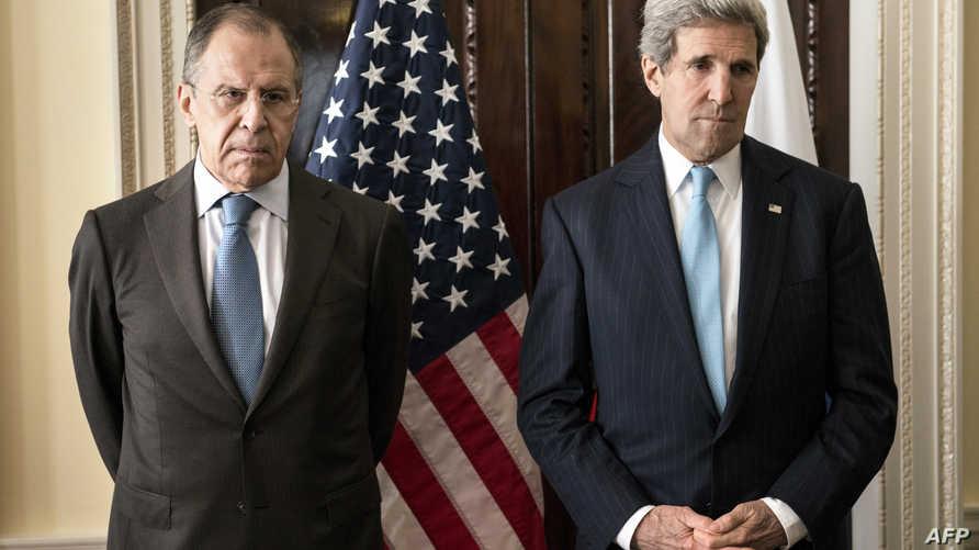 وزير الخارجية جون كيري يرحب بنظيره الروسي سيرغي لافروف في لندن