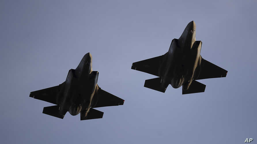 مقاتلتان أميركيتان من طراز أف-35