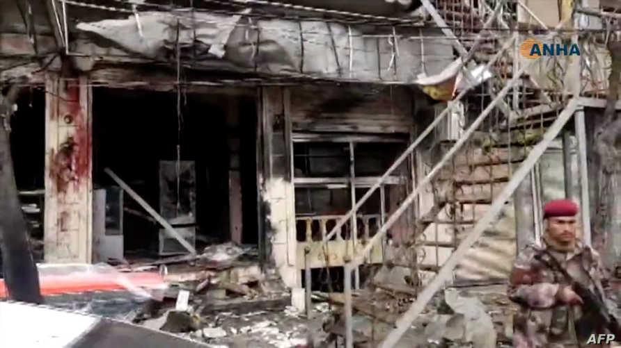 آثار دمار في موقع تفجير سابق في منبج